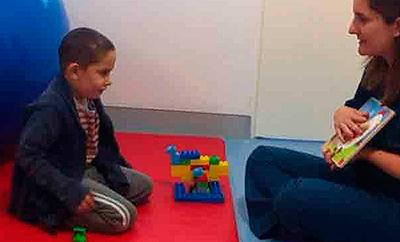 ¿Cómo es la intervención logopédica en el infante?