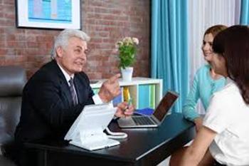La entrevista con el tutor de nuestro hijo.