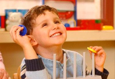 Estimulación precoz del niño ciego y disminuido visual.