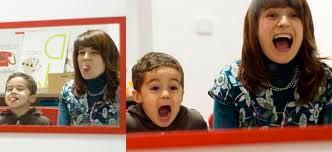 ¿Pueden los padres ser logopedas de sus hijos?