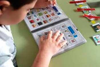Uso de los sistemas aumentativos y alternativos de comunicación en personas con TEA
