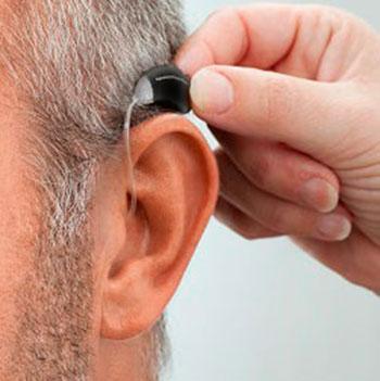 Importancia de la binauralidad en la adaptación de prótesis auditivas. Revisión sistemática (Parte I)