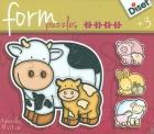 Form puzzles granja. Vaca, mamá y bebé.
