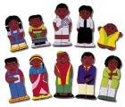 Títeres de dedo. Familia raza negra